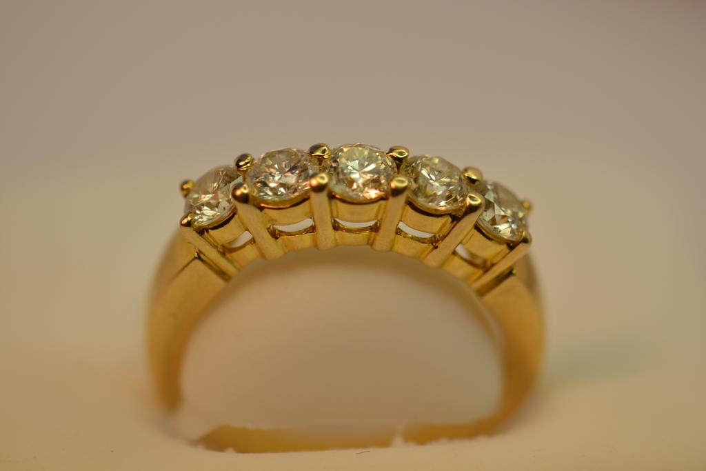 14KT Diamond Ring Size - Charles Street Antiques